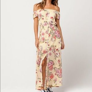 Billabong Linger Here Maxi-Dress